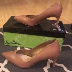 Sam Edelman nude tan pointed toe heels pumps 6.5